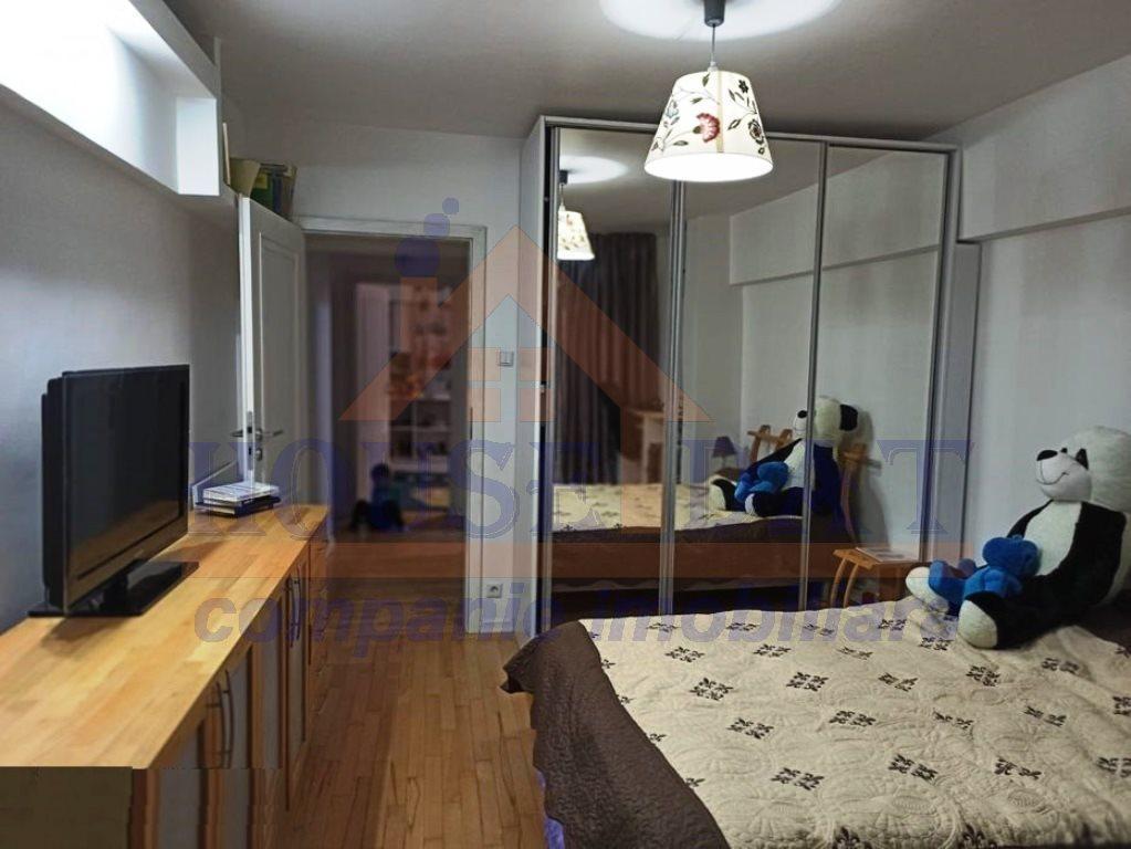 Apartament 4 camere zona Calea Mosilor, anul 1983, Bvd. Dacia.
