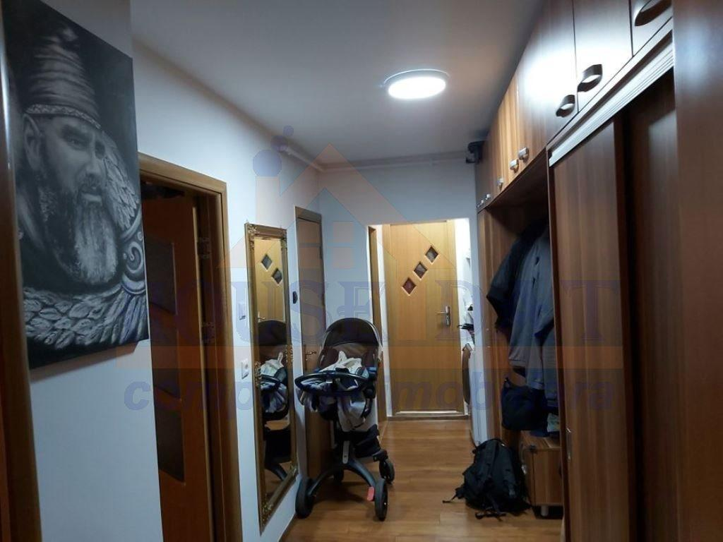 vanzare apartament 2 camere Vitan, vanzare apartament 2 camere Unirii, vanzare apartament 2 camere Nerva Traian, decomandat, complet, mobilat, utilat, grup sanitar, nerva traian, central, comun, superb, Bucuresti